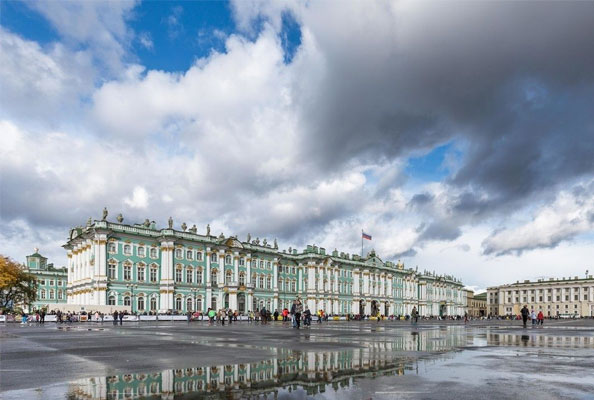 俄罗斯艾米塔什博物馆开馆后将限制游客参观时间不超过两小时
